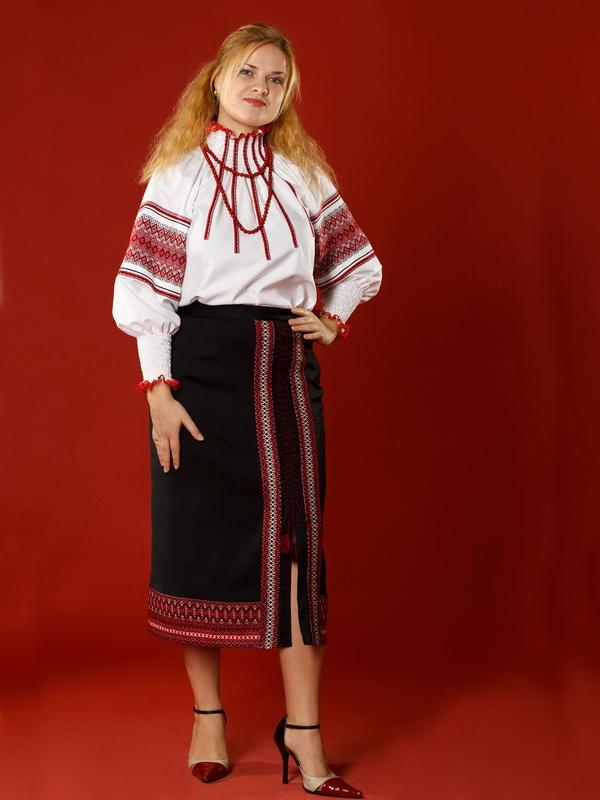 Вишитий жіночий костюм ЖК 1