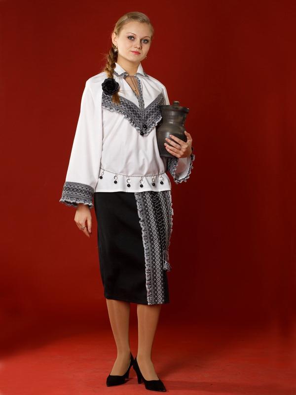 Вишитий жіночий костюм ЖК 6