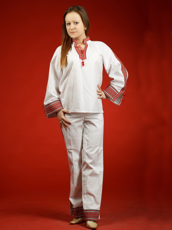 Вишитий жіночий костюм ЖК 24