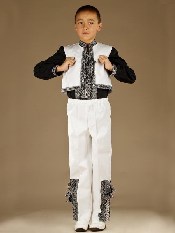 Вишитий костюм для хлопчика КХ 5-5