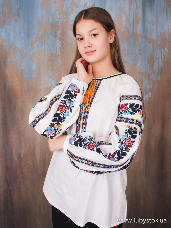 Вишиванка хрестиком жіноча ЖБВ 77-1 - квіти- купити c5933b4f29af5