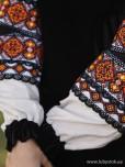 Жіноча вишиванка B-050-01