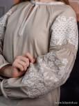 Жіноча вишиванка B-057-07