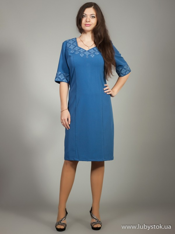 Вишита сукня D-012-01