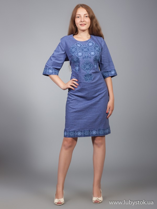 Вишита сукня D-016-01
