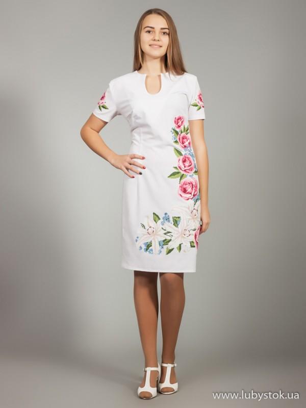 Вишита сукня D-020-01
