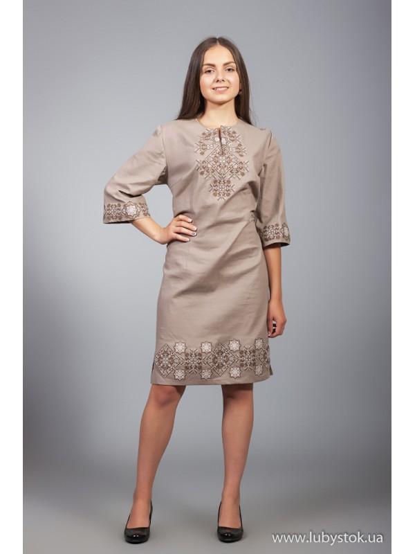 Вишита сукня D-026-07