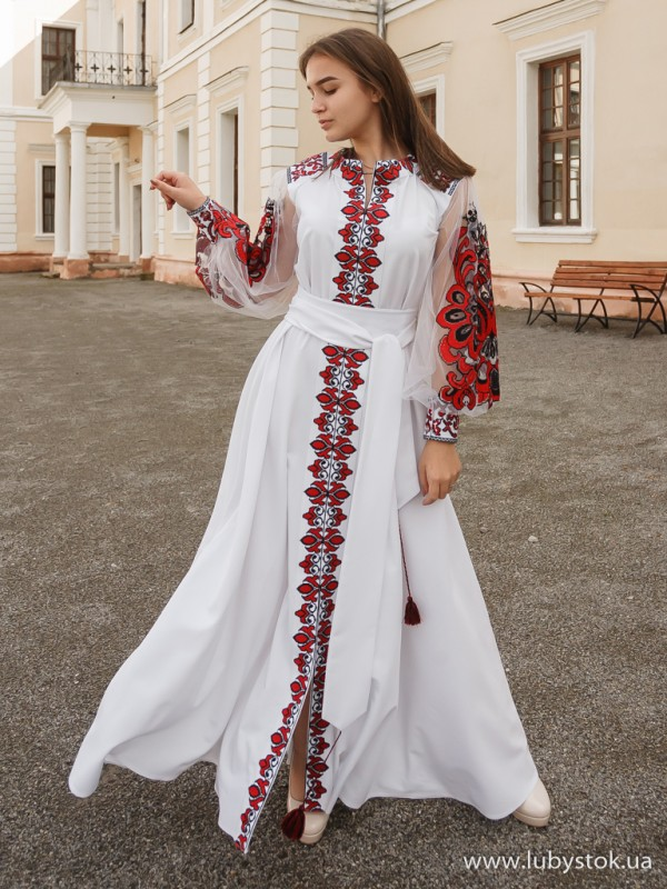 Вишита сукня D-082-03