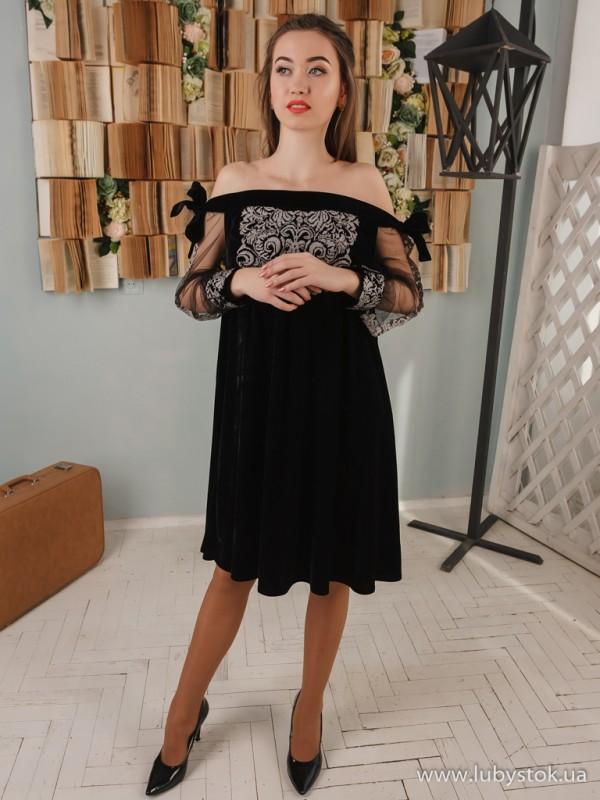 Вишита сукня D-099-01
