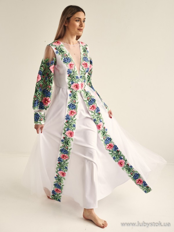 Вишита сукня D-134-01