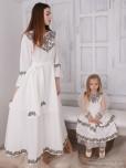 Сімейні вишиванки мама і дочка F-005