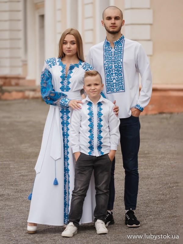 Сімейні вишиванки тато, мама і син F-022